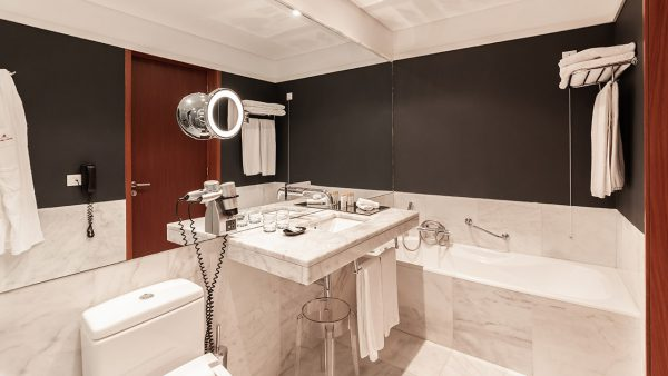Casa de Banho do Quarto Deluxe Design